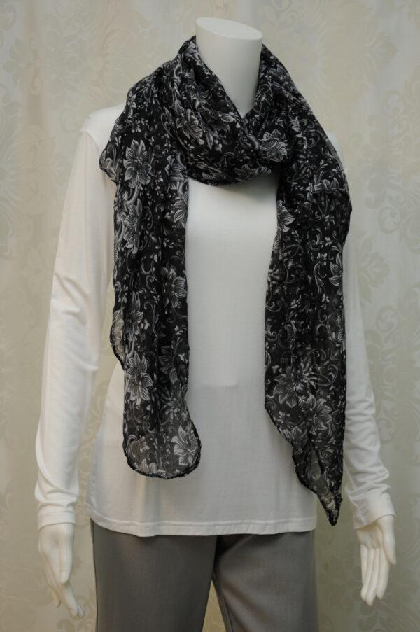 Černo-bílý šátek s květinovým vzorem